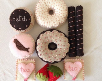Box Set of Felt Food-Small Party of 2