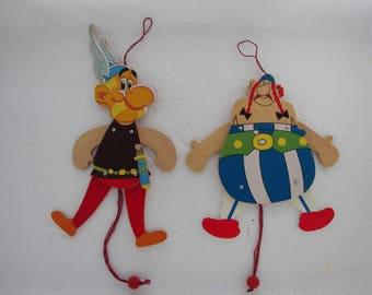 Marionnettes en bois vintages «Astérix et Obélix»