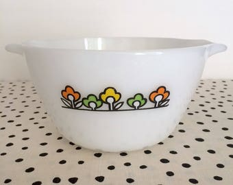 Vintage Fire King Summerfield Bowl, 1970s Fire King Flower Bowl, Fire King Mixing Bowl, Summerfield Mixing Bowl, 1970s Flower Power Bowl