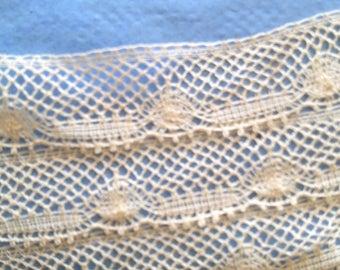 Vintage Ecru Valenciennes lace