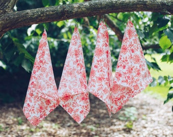 Red and White Floral Napkins - Set of 4