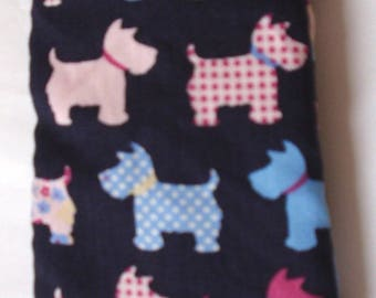 SCOTTISH terriers (Scotties) all over glasses cases