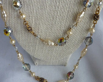 Vintage Faux Pearls & Crystal  Necklace Gold tone