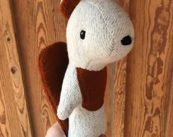Bellivere Beaver, organic beaver, plush beaver, organic toy, organic doll, plush animal, plush toy, stuffed animal, stuffed doll, beaver