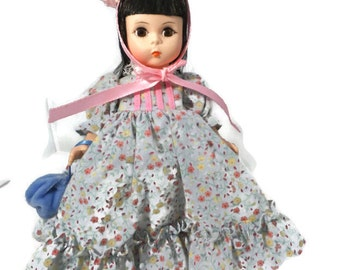 "Madame Alexander Doll - Lucy Locket 433, Storyland Series, 8"" tall, Original Box, Collectible, Original Booklet,"