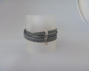Turtlegreen, silvergrey wrap bracelet with vintage silver star