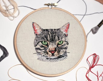 Custom Pet Portrait // Embroidered Pet Portrait // Hand Embroidery // Illustration