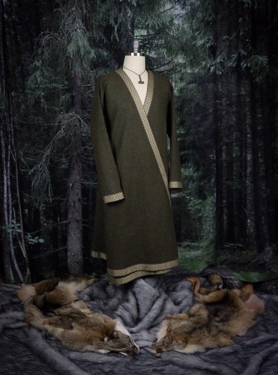 Wool Viking Hedeby Klappenrock Coat, Kaftan, Caftan, Jacket, Norse, SCA, LARP Garb Knotwork Beastie Trim Celtic Slavic Anglo Saxon, Reenact