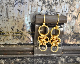 Dainty Chainmaille Gold Earrings - By BALOOS STUDIO