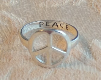 Peace Sign Ring Sterling Silver 925, size 8.5 FREE SHIPPING