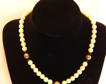 Free Shipping-Hand Crafted Faux PEARL CHOKER/NECKLACE With Gold Rose Bud & Black Beads
