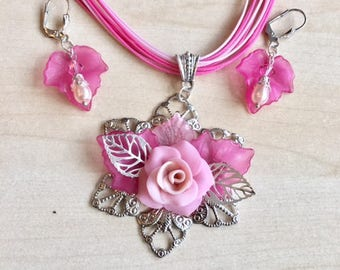 Pink and silver jewelry set, with cold porcelain flower and lucite