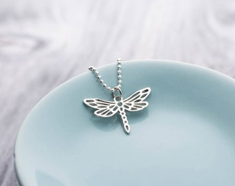 Silver Dragonfly Necklace, Dragonfly Jewelry, Dragonfly Jewellery, Insect Necklace, Bug Necklace, Dragonfly Pendant, Insect Jewelry