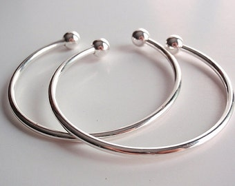 2 Silver Brass Plated Bangle Bracelets, with 2 screw-on end beads for Easy  To Make Bracelets
