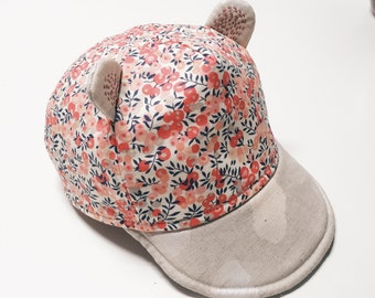KIDS CAP constructed in Liberty print and linen