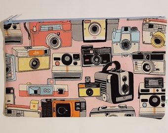 Retro Pink Cameras Zipped Pouch
