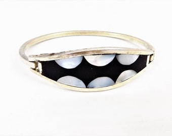 Alpaca Bracelet, Mother of Pearl, Black and White, Hinged Bracelet, Vintage Bracelets, Souvenir Bracelet