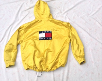 TOMMY HILFIGER Jacket // Yellow Shiny SWAG // Oversized 2X