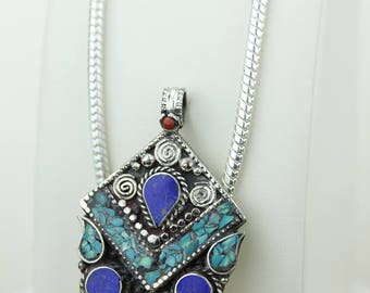 Unique Shapped Turquoise Coral Native Tribal Ethnic Vintage Nepal Tibetan Jewelry OXIDIZED Silver Pendant + Chain P4349