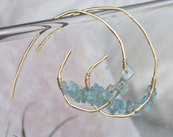 Earrings aquamarine gold filled 14 K - rings form snail spiral - hammered gold - hoop earring jewelry
