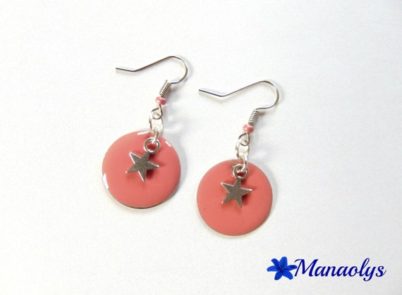 Round pink enameled charms and silver stars, mother's day earrings