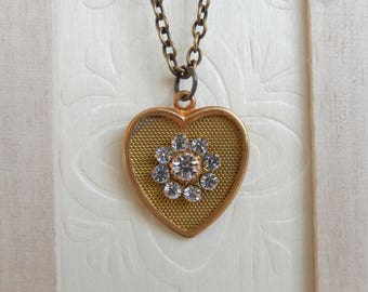 Vintage heart necklace,Swarovski pendant necklace, Heart jewelry,Unique gift for her,Charm necklace,Minimalist jewelry,Women's jewelry
