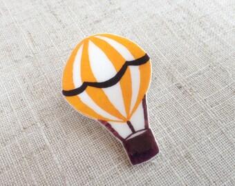 Summer brooch - Hot air balloon pin - Balloon brooch - Gift for her - Summer jewellery