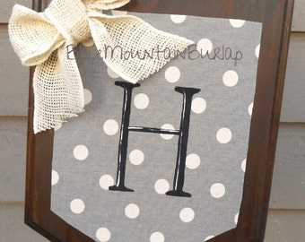 Wood PolkaDot Garden Flag With Initial, Outdoor Garden Flag, Monogram Garden  Flag, Winter
