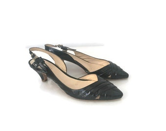 Scarpe vernice mezzo tacco, kitten heel scarpe nere, scarpe mezzo tacco vernice, scarpe cinturino vernice, scarpe Audrey Hepburn, scarpe 37