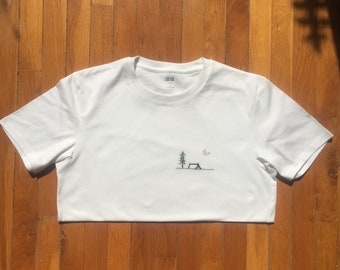 camping t-shirt hand embroidered (with love) 100% cotton Made in France customizable made to order