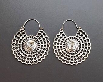 Silver Tone Hoop Earring/brass hoop earring/bohemian hoop earring/tribal brass hoop earring/boho hoop earring/Indian jewelry/One Pair