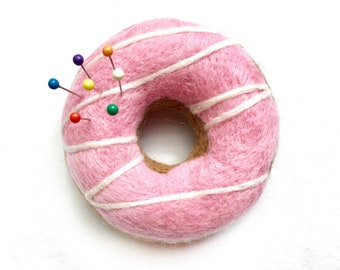 Needle Felted  Doughnut Pin Cushion - Donut - Felted Food - Sewing Gift - Cake -Free Shipping