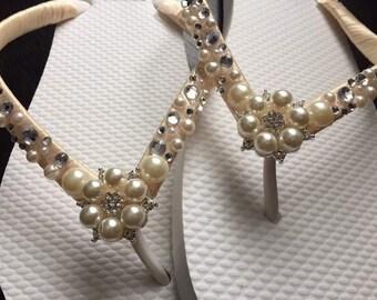 Gianna Bridal Flip Flops, Custom Flip Flops, Pearl Gem Dancing Shoes, Pearl Bridal Sandals, Bling Wedding Flip Flops, Beach Wedding Shoes