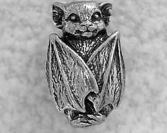 Green Girl Studios Pewter Bat Bead