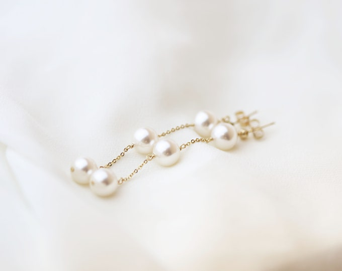 3 Pearl Drop Earring // Pearl  Dangle Earring // Bridal earrings // Long chain earrings