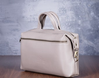 Leather handbag; leather purse; leather bag women; leather crossbody; small crossbody bag; leather bag; purse; bag crossbody; gift for wife;