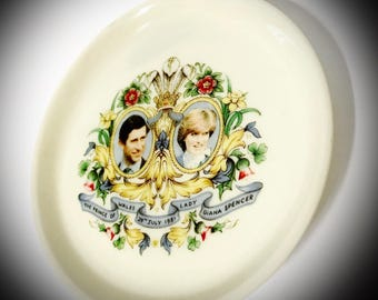 vintage Lady Diana Spencer and The Prince of Wales weding plate July 29th 1981
