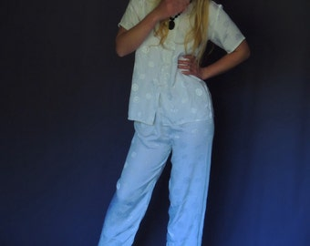 Vintage silk blend le smoking outfit / pants and top mandarin oriental pygamas medallion print in shimmering white