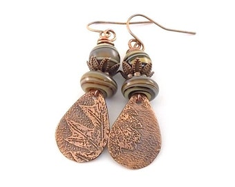 Handmade Rustic Copper Leaf Earrings, Copper Earrings, Green Swirl Earrings, Leaf Earrings, Antique Copper Earrings, Etched Earrings, AE148