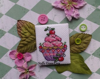 Magnet magnet canvas cross stitch Embroidery cake Cupcake cherry Pink Purple