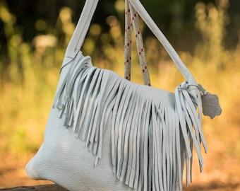 Big white bag with fringes