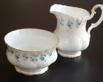 Royal Albert MEMORY LANE Small Cream and Open Sugar