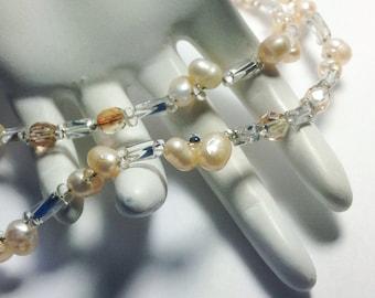 Pearl necklace. Wedding necklace. Cream Pearl Necklace. Beaded Wedding Necklace. Freshwater pearl Wedding necklace. Glass necklace.