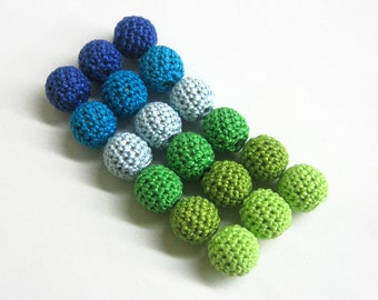 Crocheted beads 16 mm - round handmade beads, blue and green mix, 18 pc
