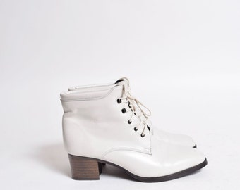 Vintage 90's Grey Real Leather Lace Up Ankle Boots