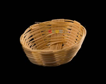Dollhouse Miniatures Handcrafted Bamboo Vintage Oval-Shaped Wicker Fruit Vegetable Basket Home Decoration Supply
