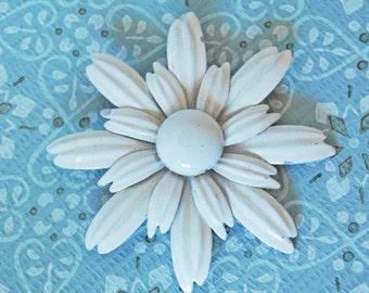 Vintage White Enamel Flower Pin