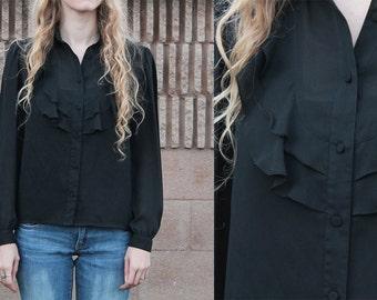 Vintage 70er Jahre SCHIERE Gothic schwarz Rüschen Peter-Pan-Kragen Chevron Rüschen lange Ärmel Western Sekretärin Bluse Hemd zuknöpfen - Med M