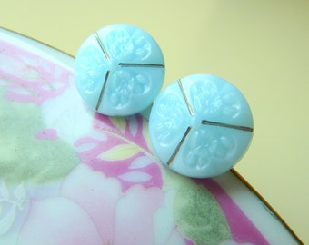 Pretty Vintage Czech Glass Button Set, Sky Blue With Flowers and Silver Detailing, Blue Flower Buttons, Small Diminutive Sewing Buttons