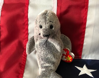 Slippery Beanie Baby, Retired and Original, DOB January 7, 1998, Style # 4222!